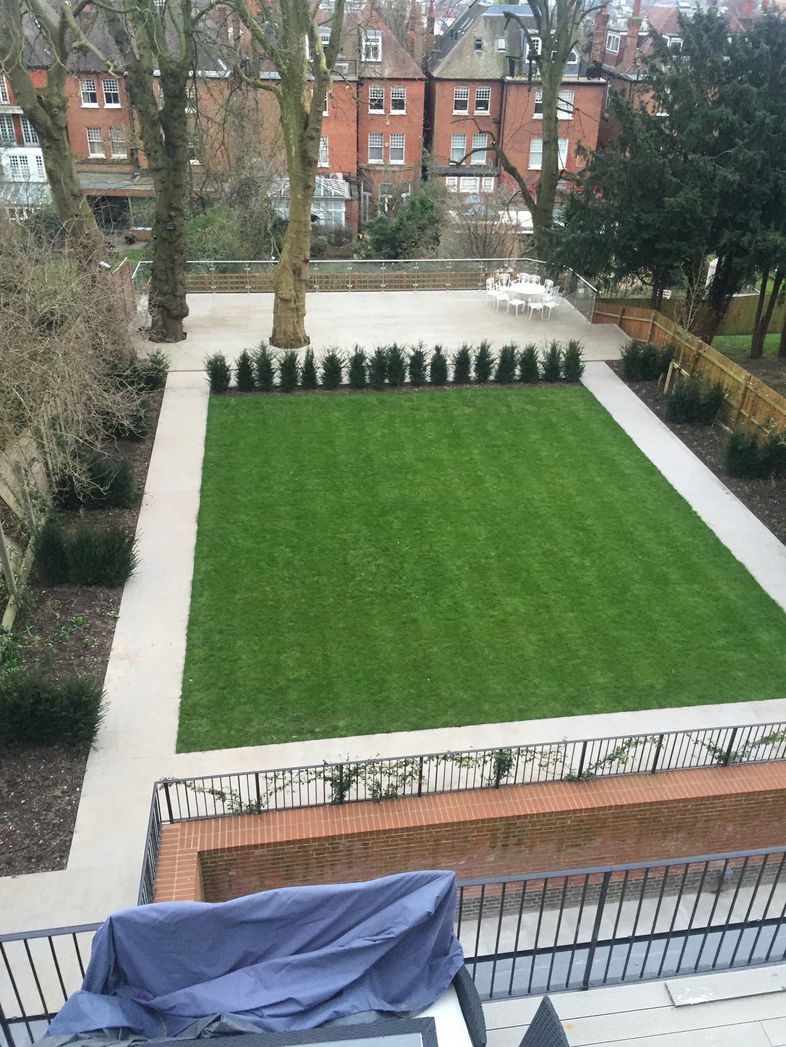 Patio tiers & garden