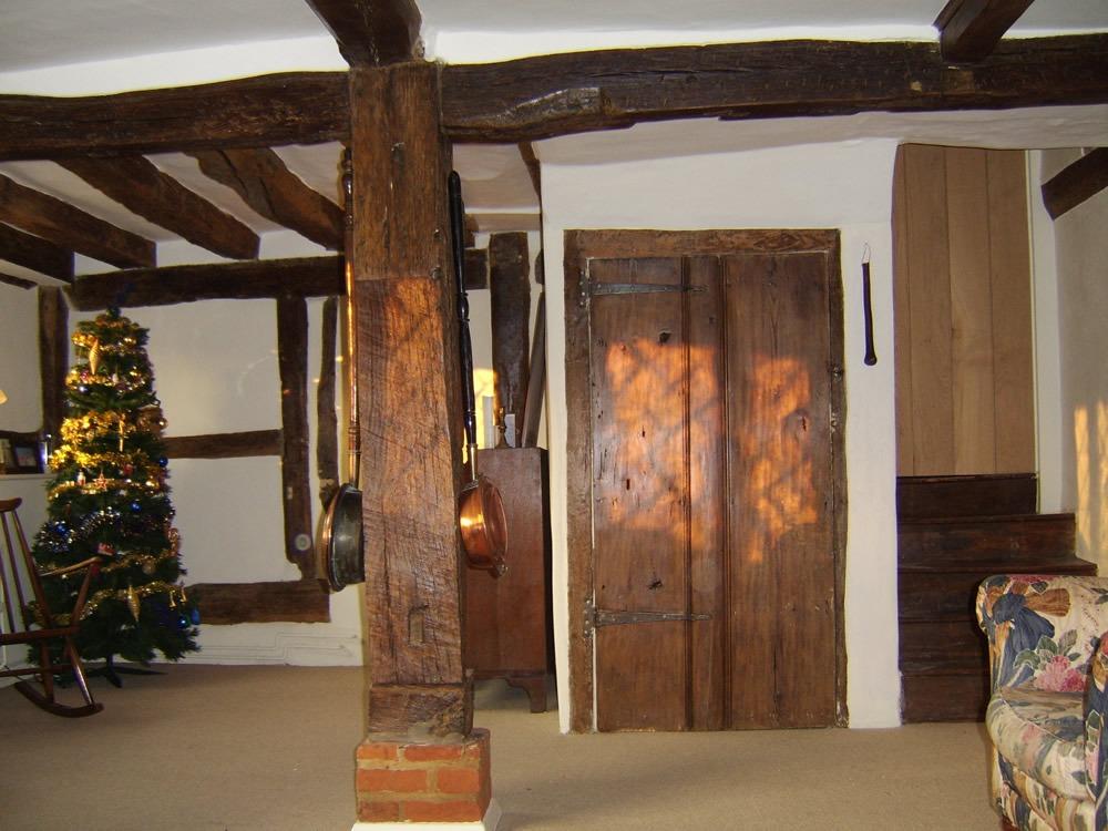 Lounge and beam restoration