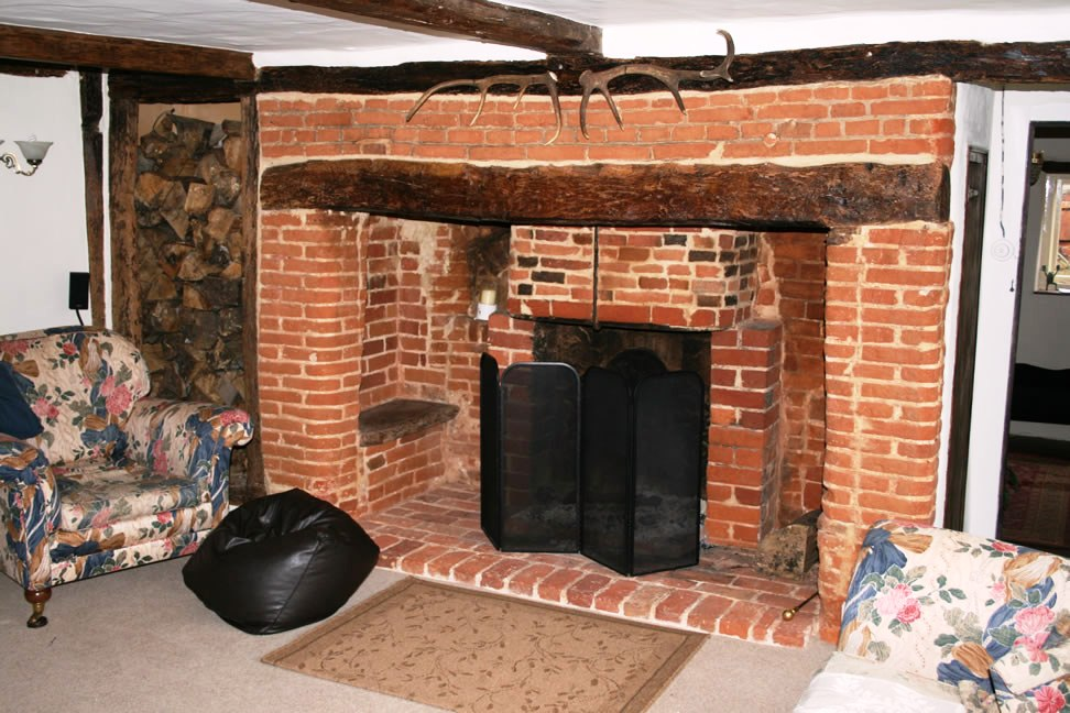 Fireplace - not used